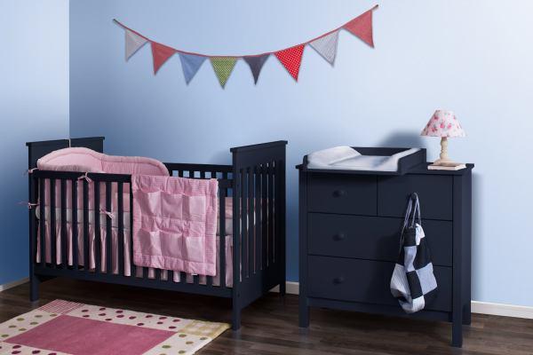 Klasyczne łóżeczka niemowlęce