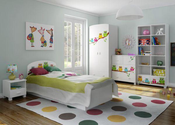 Kolekcja mebli dziecięcych z kolorowymi sówkami